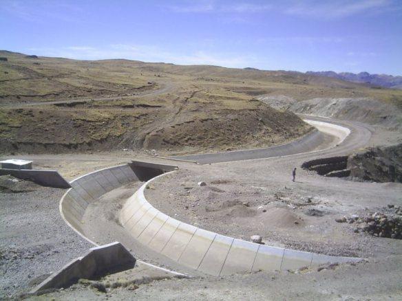 Canal Choclococha, en la provincia de Huaytará, Huancavelica. (Créditos: Eddie Rosazza)